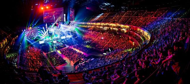 arena.jpg.145e13337f1e56df69bf44fba719c722.jpg