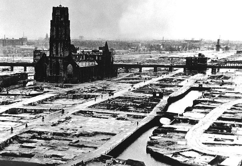 Rotterdam_bomb.jpg.c783aa9a4d64c102224f99f590f265f0.jpg
