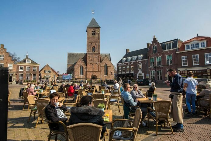 Naaldwijk.jpg.fd54d01a3b20fe6f6d56ca1fefd7ec0c.jpg